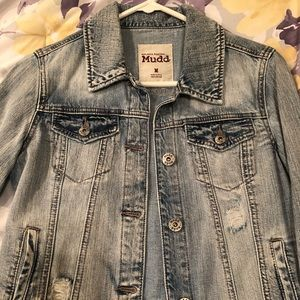 Light-Washed Jean Jacket with Frayed Styling